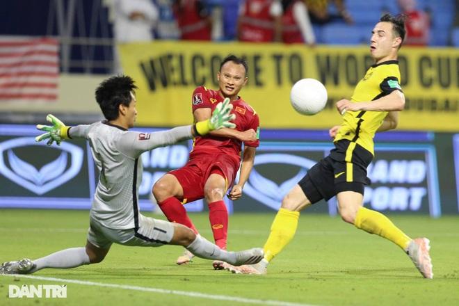 Báo Malaysia: Đội tuyển Việt Nam là ngôi sao của bóng đá châu Á - 1
