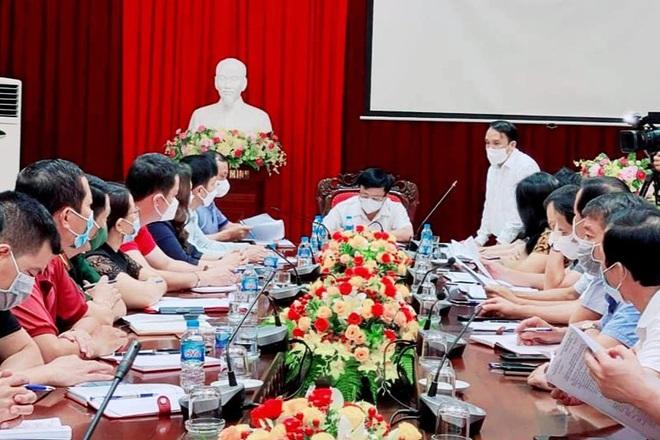 Nghệ An: Nữ nhân viên làm tóc dương tính với SARS-CoV-2, khai báo gian dối - 1