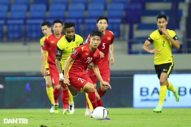 HLV Park Hang Seo: Cầu thủ Việt Nam không được nghĩ hòa UAE là đi tiếp - 2