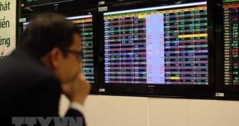 """VN-Index vượt đỉnh mọi thời đại, cổ phiếu Vingroup bất ngờ mất """"ngôi vương"""""""