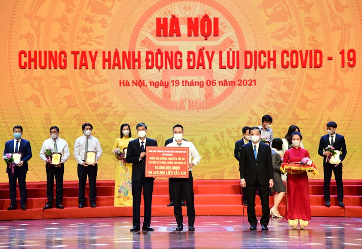 VietinBank chung tay cùng TP. Hà Nội đẩy lùi dịch COVID-19