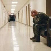 Mỹ báo động chuyện quân nhân tự tử nhiều gấp 4 lần chết trên chiến trường