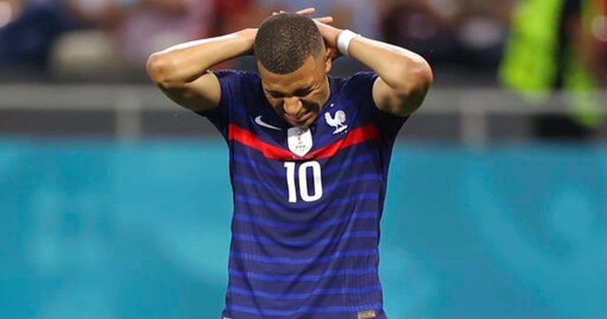 """Nỗi đau """"xé lòng"""" của Mbappe khi hóa tội đồ khiến Pháp bị loại ở Euro 2020"""