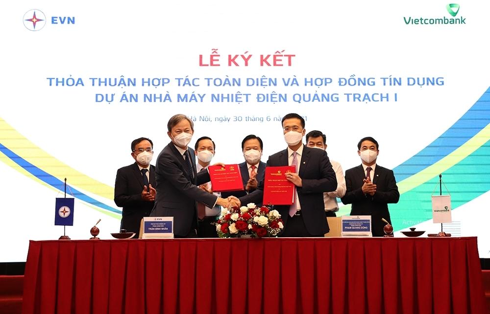 EVN ký thoả thuận hợp tác toàn diện với Vietcombank và ký hợp đồng tín dụng tài trợ Dự án NMNĐ Quảng Trạch 1