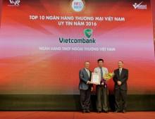 Vietcombank lại lọt Top 10 ngân hàng uy tín năm 2016