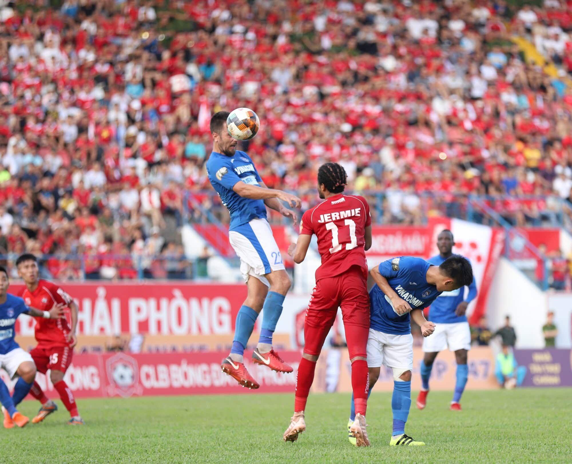 vi sao v league khong doi lich de tuyen viet nam da vong loai world cup