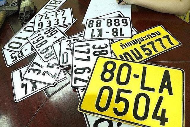 Từ 1/8, ô tô kinh doanh vận tải phải đổi sang biển số màu vàng