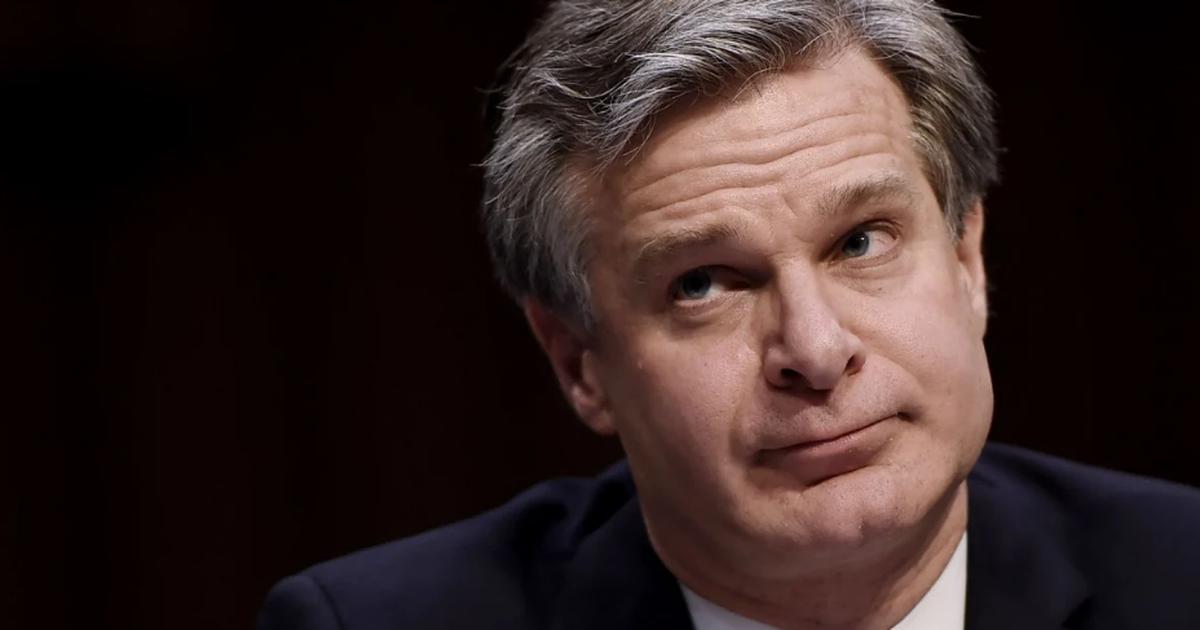 """Giám đốc FBI gọi """"Trung Quốc là mối đe dọa lớn nhất của Mỹ"""""""