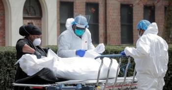Ba bang của Mỹ lập kỷ lục chết chóc vì Covid-19, dịch tăng tốc toàn cầu