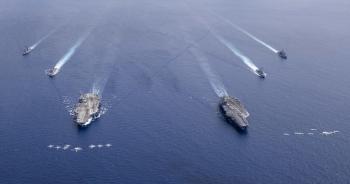 Hai tàu sân bay Mỹ tiếp tục tập trận tại Biển Đông