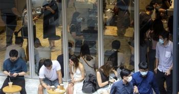 """Hong Kong hối hả ứng phó """"sóng thần"""" Covid-19 thứ 3"""
