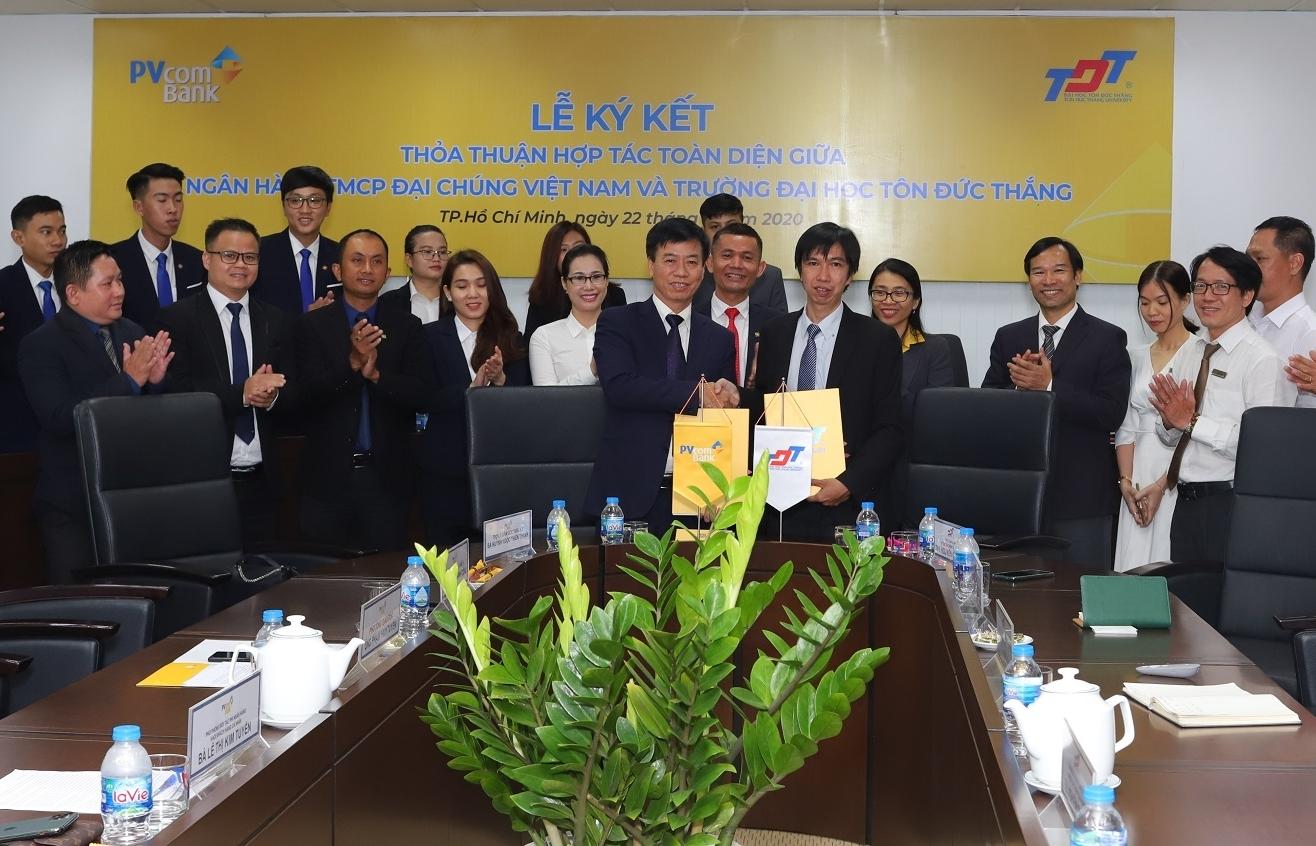 PVcomBank ký kết hợp tác toàn diện cùng trường Đại học Tôn Đức Thắng