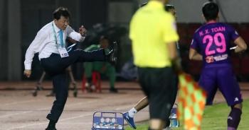 """HLV Chung Hae Seong chia tay TPHCM: V-League là """"cối xay"""" thầy ngoại"""