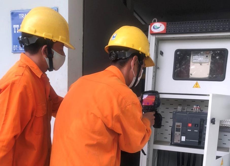 EVNCPC tăng cường đảm bảo điện cho các bệnh viện, cơ sơ y tế, khu cách ly