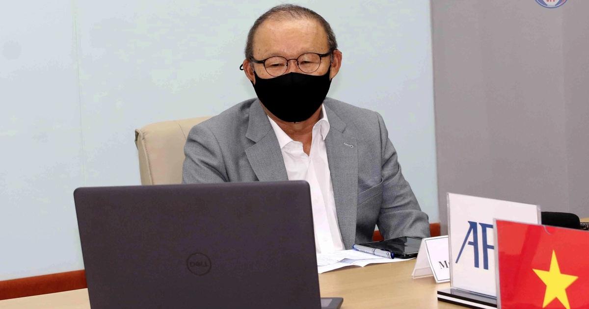 """HLV Park: """"Tuyển Việt Nam phải có thể lực tốt để đấu Nhật Bản, Trung Quốc"""""""