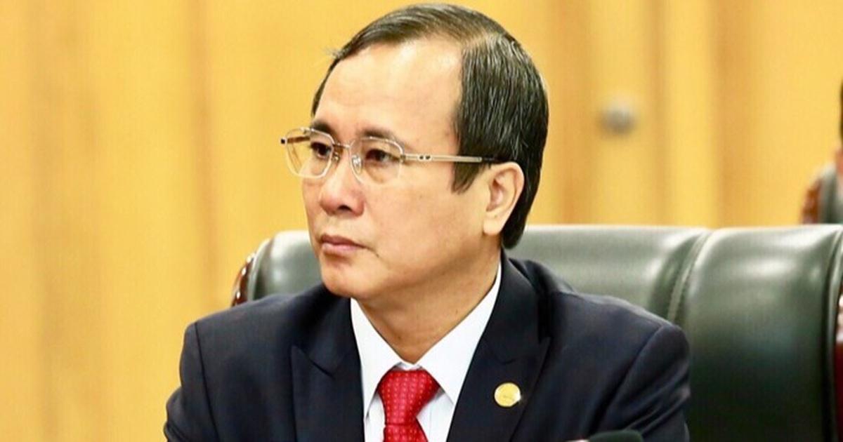 Trung ương Đảng cách chức Bí thư Tỉnh ủy Bình Dương Trần Văn Nam