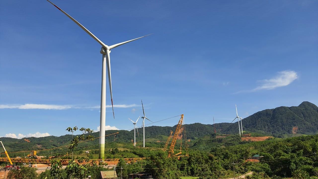 Công ty Điện lực Quảng Trị đồng hành cùng các dự án điện gió trên địa bàn