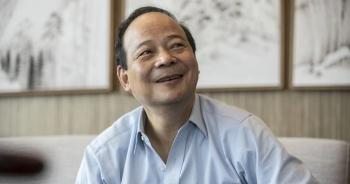 Ông chủ hãng cung cấp pin cho BMW, Tesla, Volkswagen giàu hơn Jack Ma
