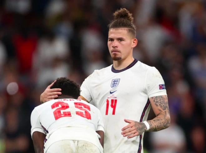 Người Anh rơi lệ sau thất bại ngay tại thánh địa Wembley - 2