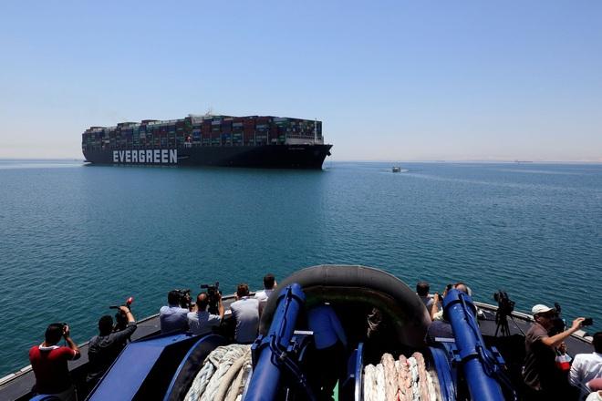 Bất chấp sự cố tắc nghẽn, kênh đào Suez vẫn đạt doanh thu kỷ lục - 1