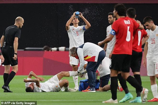 Rợn người với chấn thương kinh hoàng của ngôi sao Olympic Tây Ban Nha - 2