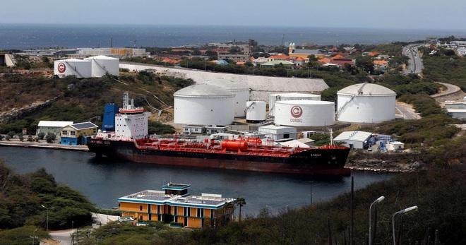 Công ty Trung Quốc là đầu mối mua dầu trừng phạt của Iran và Venezuela - 1