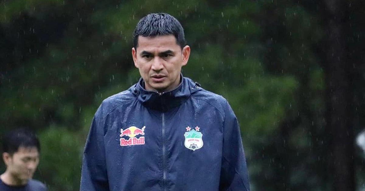 Đội tuyển Thái Lan cần HLV giỏi, nhưng Kiatisuk khó rời Việt Nam
