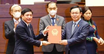 Thực hiện nghị quyết của Quốc hội về công tác cán bộ