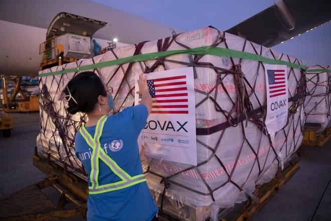 Mỹ xem xét viện trợ thêm vắc xin Covid-19 cho Việt Nam - 2