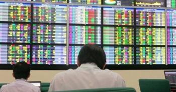 Chứng khoán 27/7: VN-Index tiếp tục chinh phục ngưỡng cản mạnh 1.300 điểm