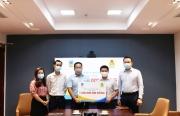 Bảo hiểm PVI trao tặng 1 tỷ đồng cho cán bộ y tế tuyến đầu chống dịch