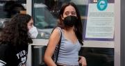 Nguy cơ 200.000 ca nhiễm/ngày, Mỹ thay đổi khuyến cáo về khẩu trang