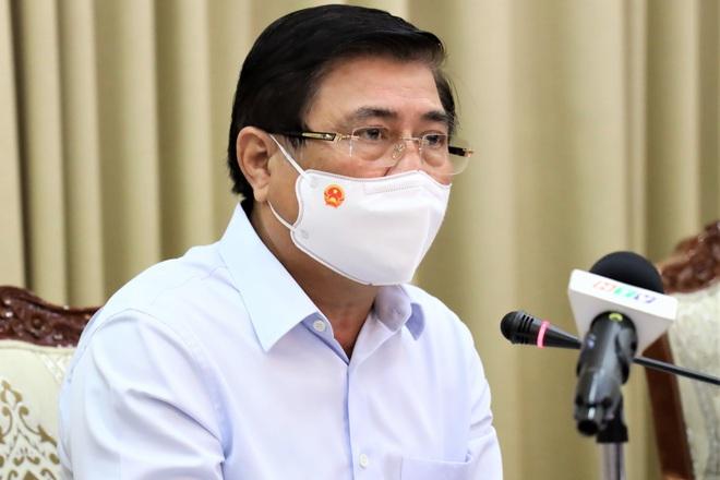 Chủ tịch TPHCM: Có thể mất hàng tháng để kiểm soát dịch bệnh - 2