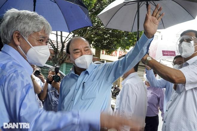 Chủ tịch nước: Tiêm vắc xin chậm là chúng ta có lỗi với nhân dân! - 1