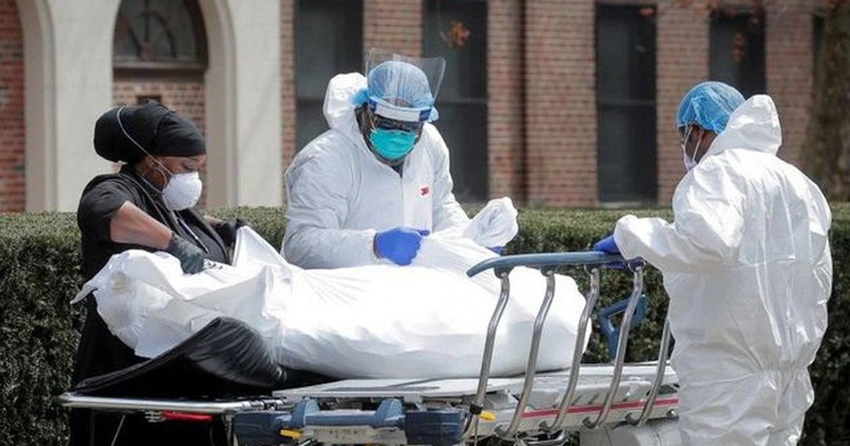 Mỹ: Ca Covid-19 tăng gấp đôi, ca tử vong tăng 300% vì Delta hoành hành