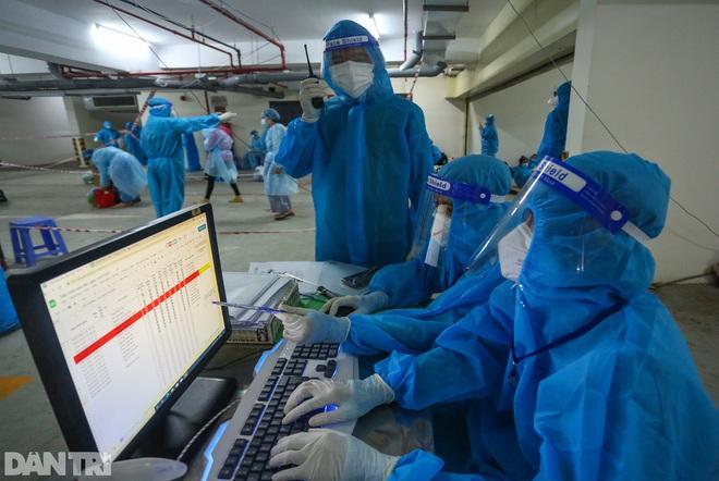 Hà Nội: Phát hiện thêm 25 F0, mở chiến dịch xét nghiệm diện rộng - 1