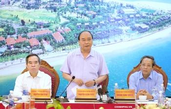 """Thủ tướng: Du lịch, dịch vụ được xem là """"viên kim cương xanh"""" độc nhất vô nhị của Quảng Bình"""