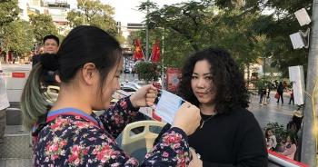 Hà Nội xử phạt người không đeo khẩu trang nơi công cộng
