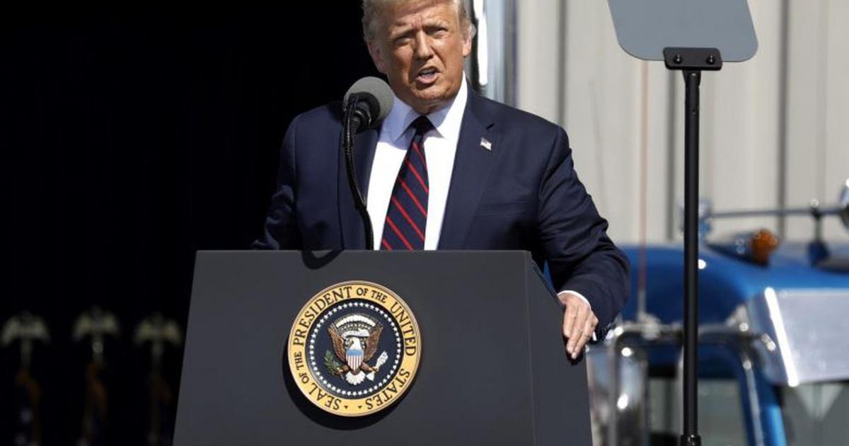 Ông Trump dọa trừng phạt doanh nghiệp Mỹ không đưa việc làm về nước