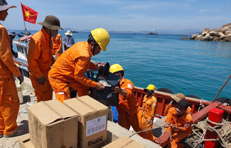 Điện về đảo - Rộng mở hướng phát triển cho Cù Lao Xanh
