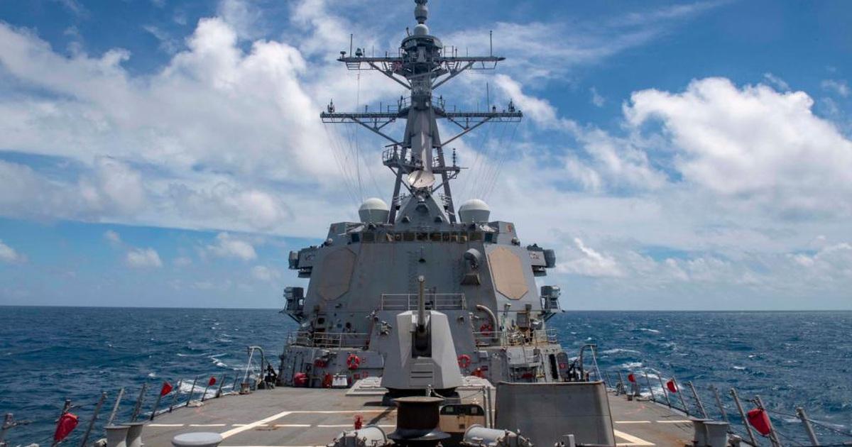 Tàu chiến Mỹ áp sát Hoàng Sa sau vụ Trung Quốc phóng tên lửa ra Biển Đông