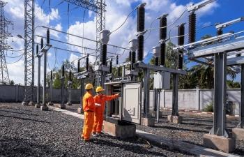 Dịch Covid-19 bùng phát, sản lượng điện tiêu thụ giảm mạnh