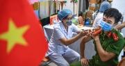Chuyên gia: Chiến lược vắc xin và xét nghiệm của Hà Nội cần đi trước dịch