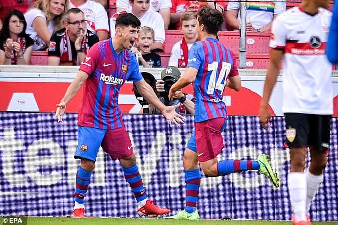 Depay và Griezmann tỏa sáng giúp Barcelona thắng đậm - 2