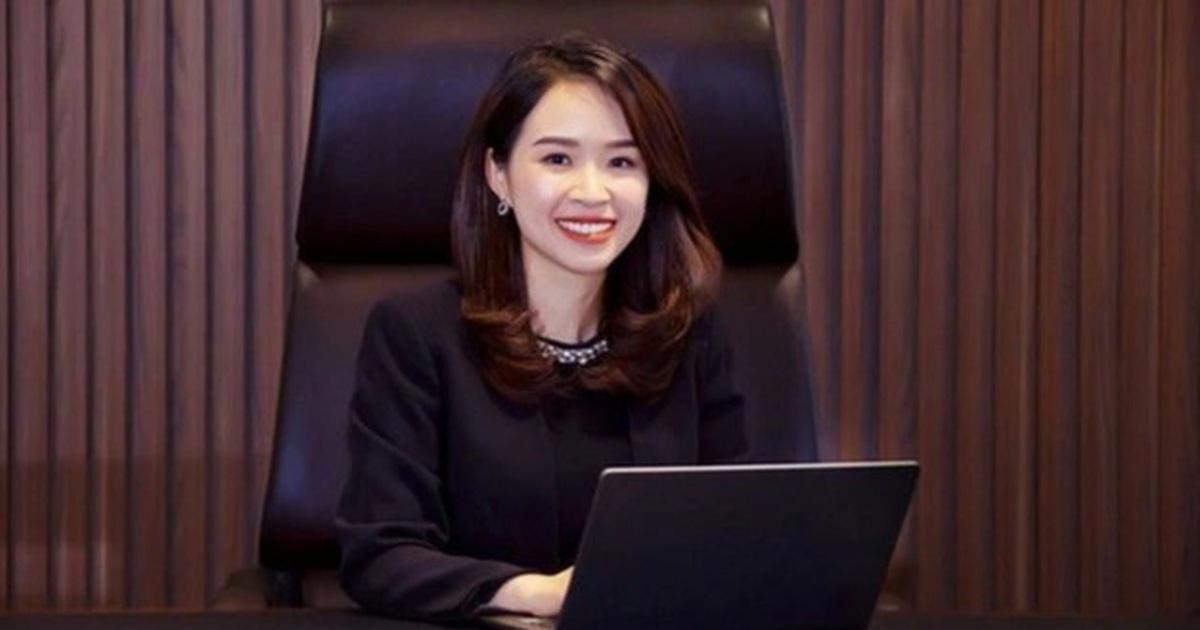 """Ồn ào đổi chủ, """"nữ tướng"""" 8X ngồi ghế nóng chủ tịch ngân hàng nghìn tỷ đồng"""