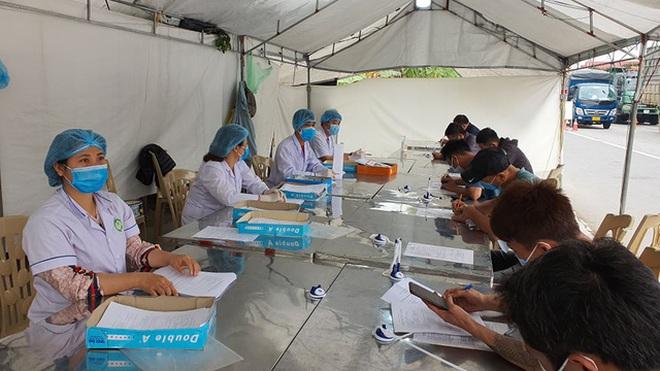 Phát hiện nhiều tài xế dương tính SARS-CoV-2, tổ chức chở người trái phép - 1