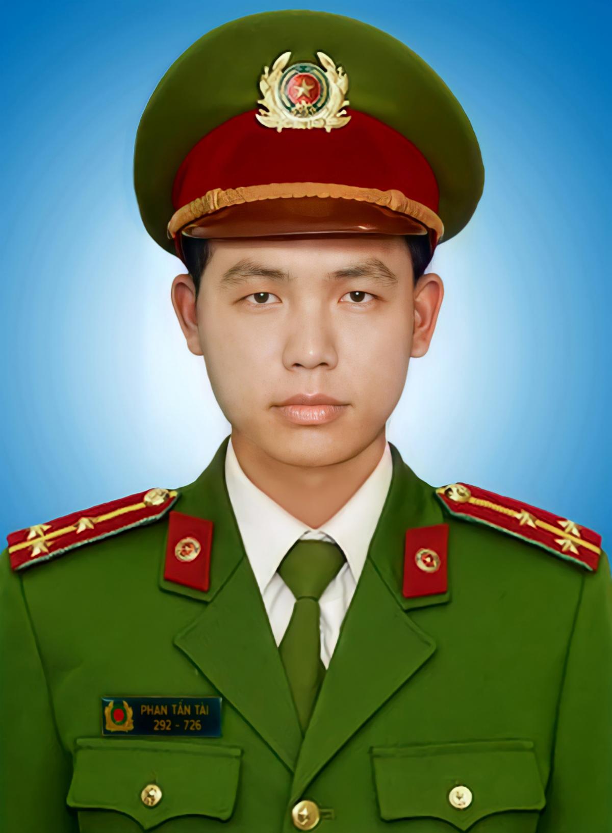 Đề nghị truy tặng Huân chương Chiến công hạng Nhì cho Thượng úy Phan Tấn Tài