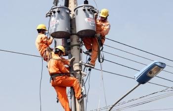 Công suất tiêu thụ điện tăng mạnh EVN kêu gọi người dùng tiết kiệm