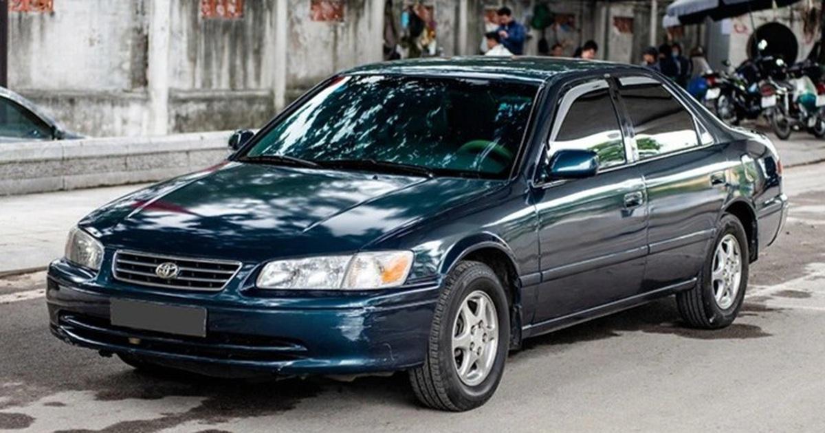 Bất ngờ hàng loạt ô tô được bán thanh lý giá chỉ 55 đến 150 triệu đồng