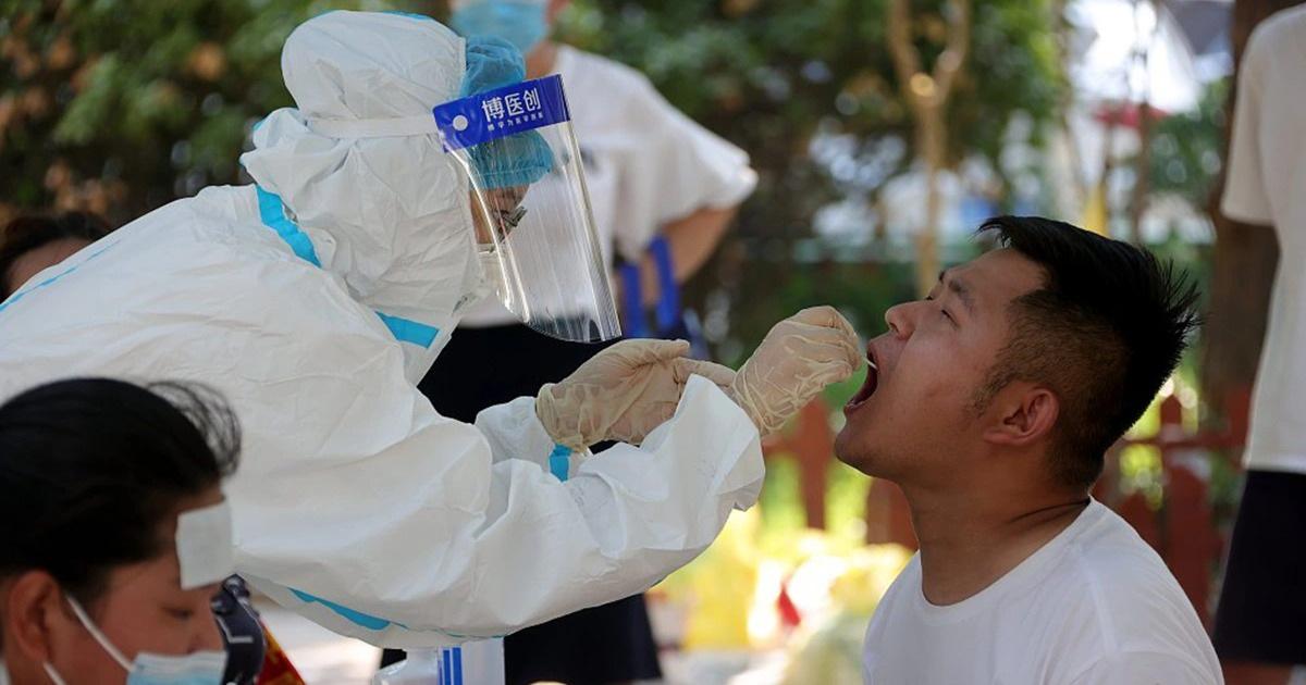 Nghiên cứu mới chỉ ra thời điểm virus SARS-CoV-2 lây mạnh nhất